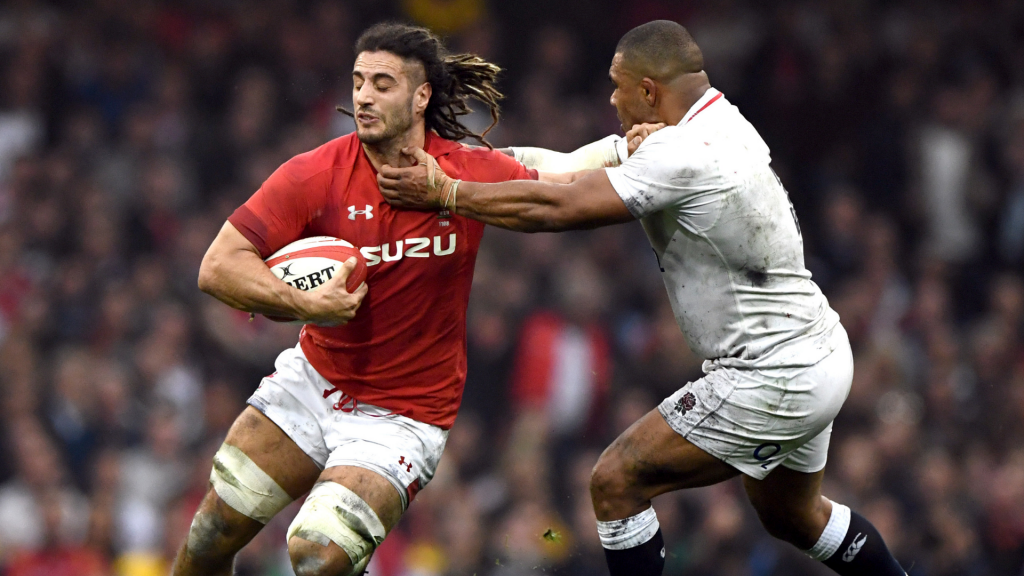 New contract for Wales star