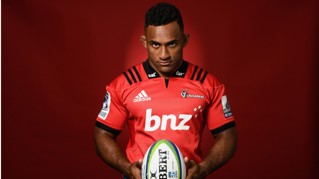 Crusaders bring in controversial wing