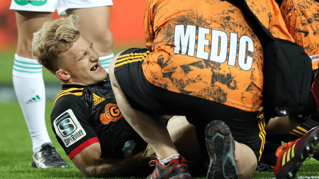 Maestro McKenzie adds to growing All Blacks injury list
