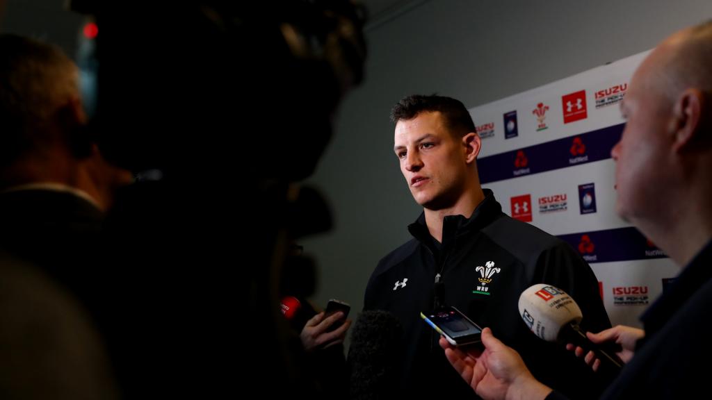Shingler tipped to make World Cup squad after Faletau injury