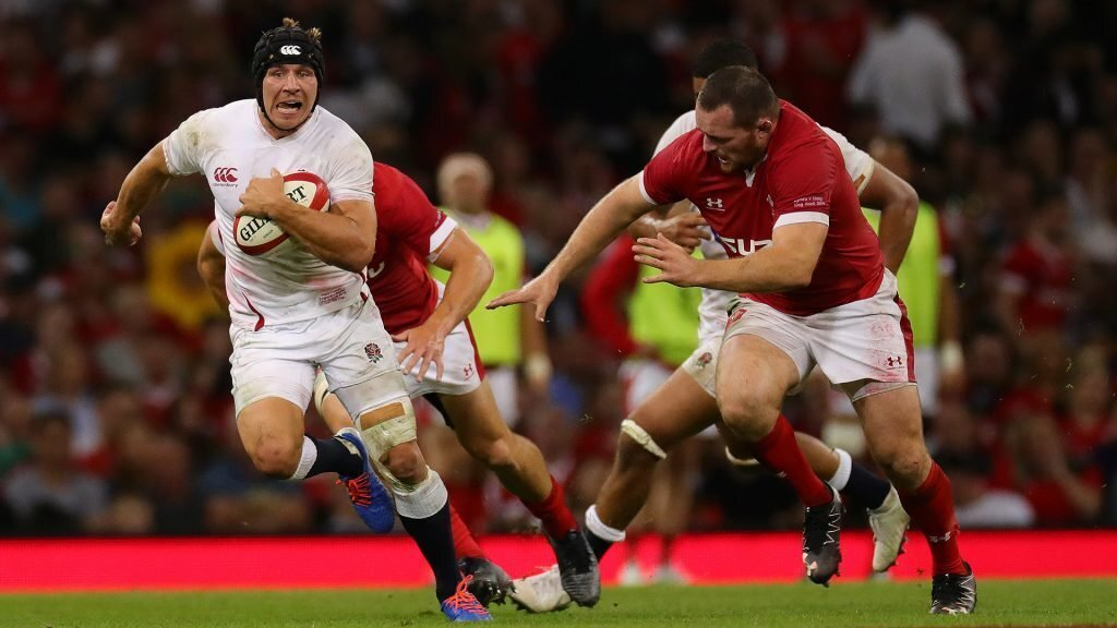 Wales go to No.1