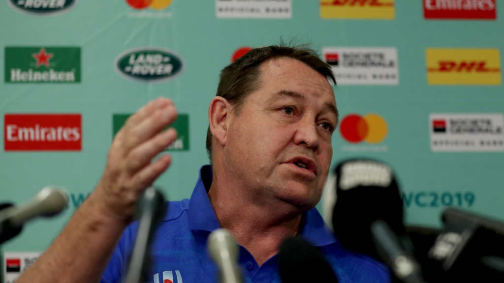 Hansen defends under-fire refs