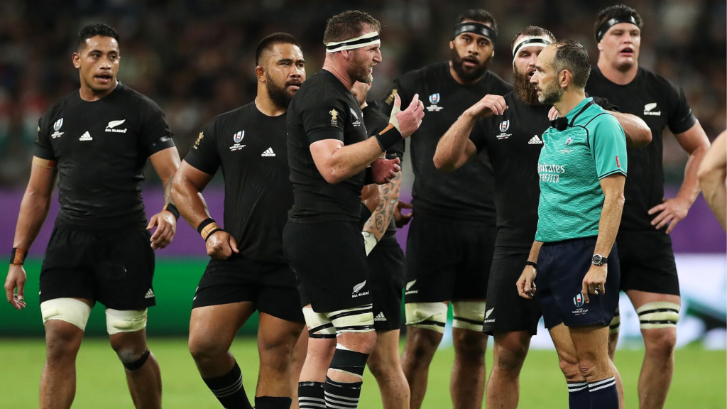 'Refs let All Blacks cheat'