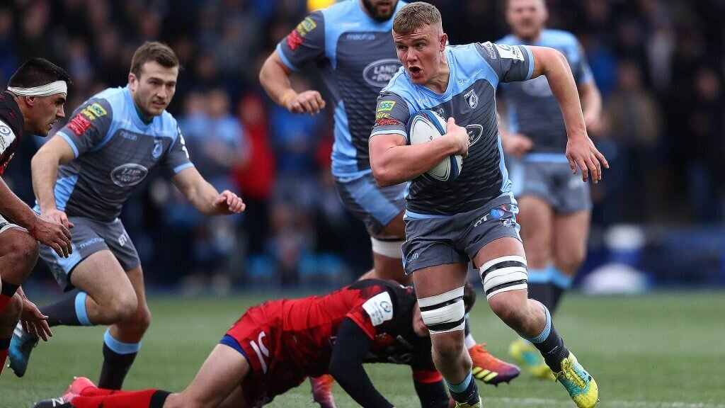 Lewis-Hughes signs on for more Blues
