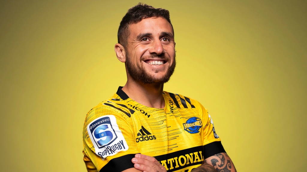 Perenara turns back on League offers and returns home