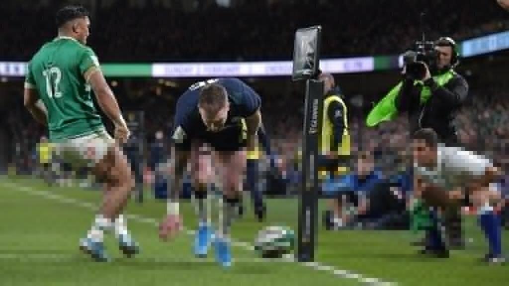 Hogg apologises for 'schoolboy error'