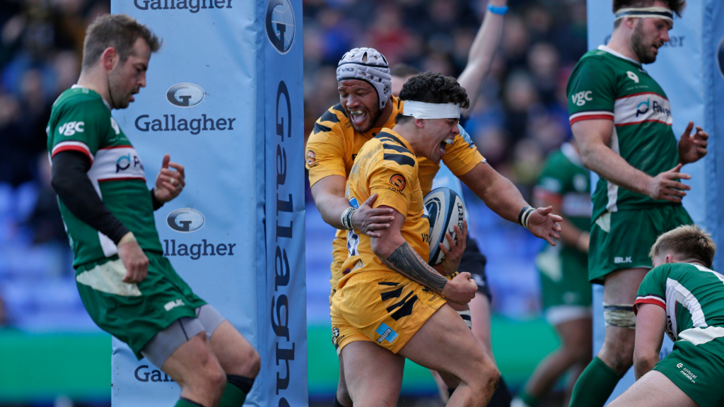 Wasps fight back to sink Exiles