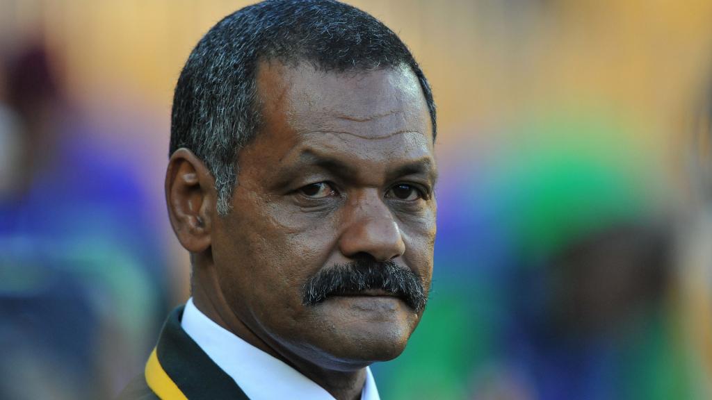 De Villiers slams SA's refereeing standards...again