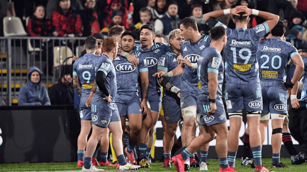 Hurricanes add Love to Super Rugby Aotearoa