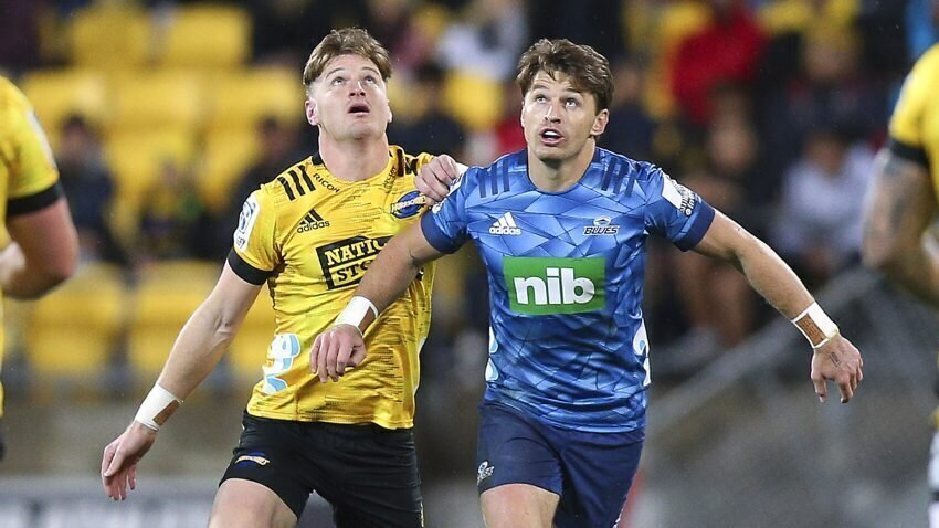 Jordie and Beauden barrett - Canes v Blues
