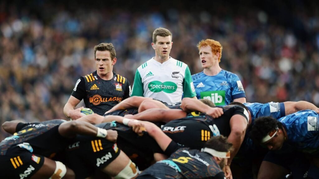 Refs take aim at 'hostile' Super Rugby Aotearoa players