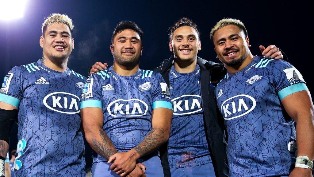 Hurricanes lock in promising Kiwi duo