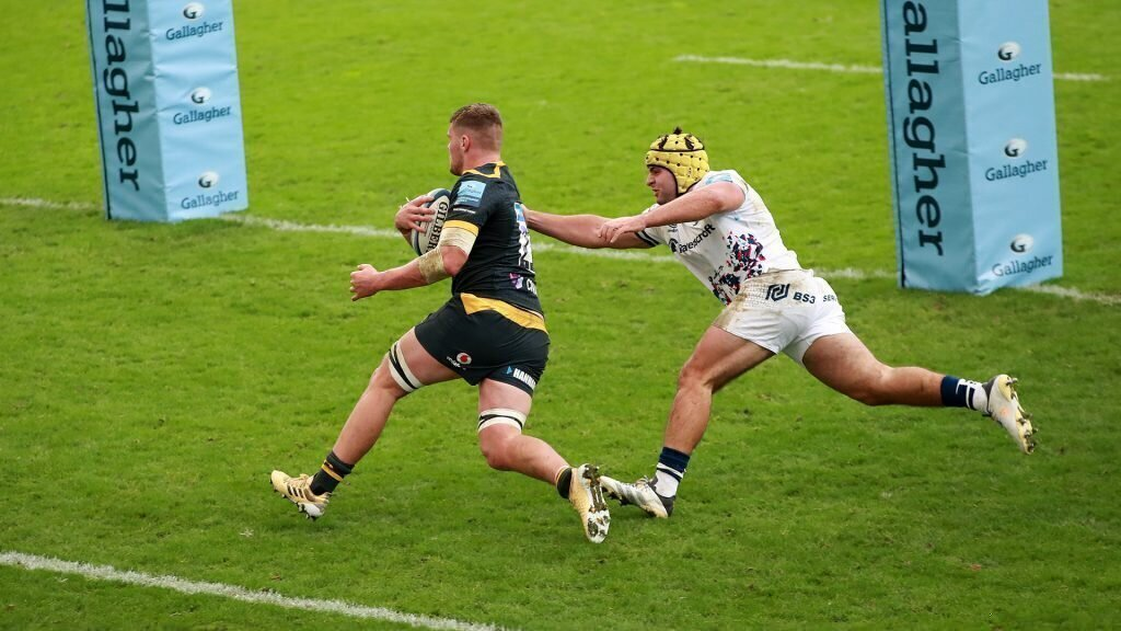 Wasps win, despite Bok's yellow card