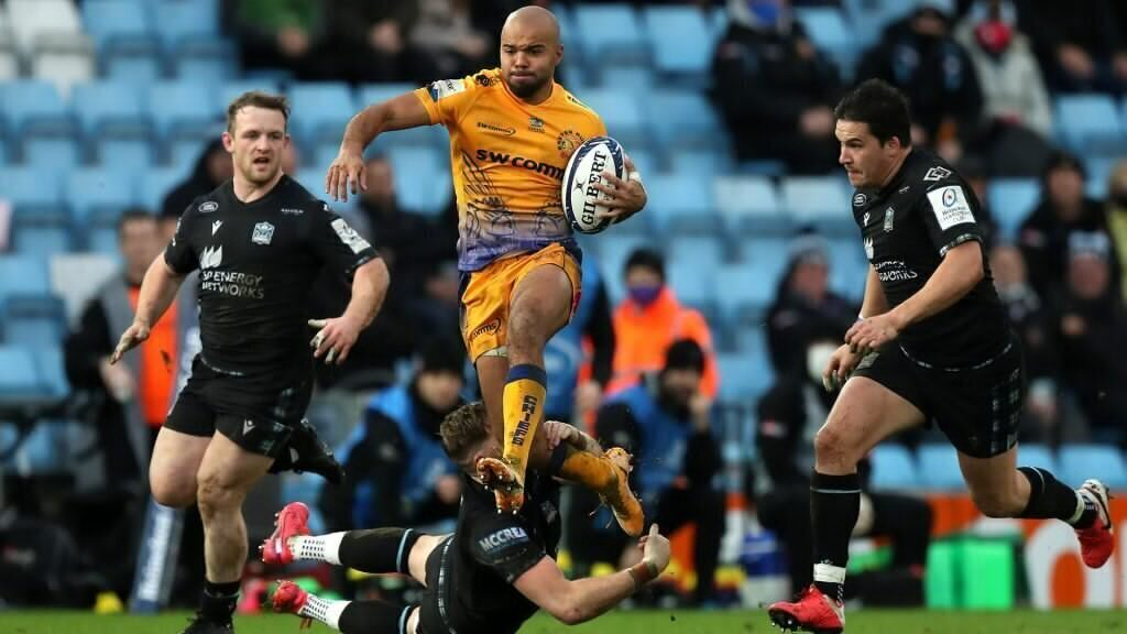 Chiefs whitewash hapless Warriors in opening rout