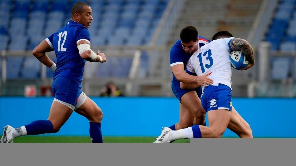 Italy lose centre for England trip