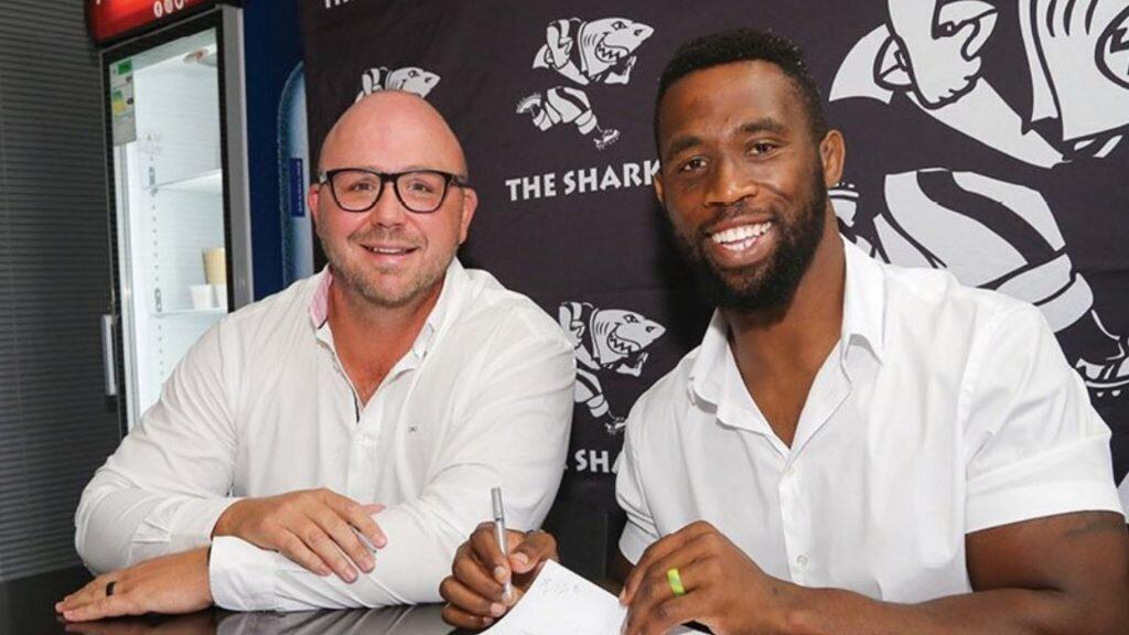 Siya Kolisi puts pen to paper with new team