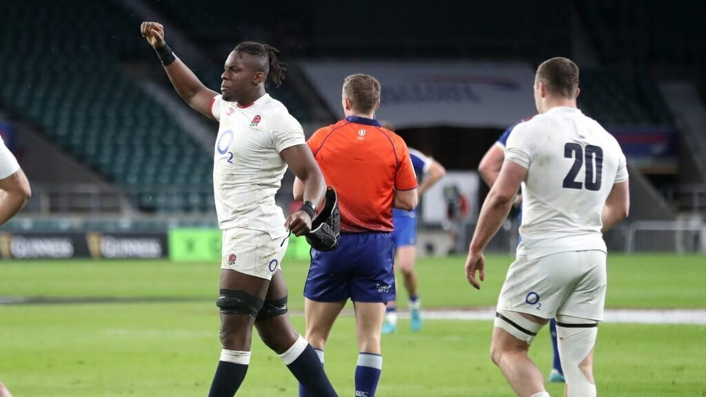 England star aims to stay on the edge with referees