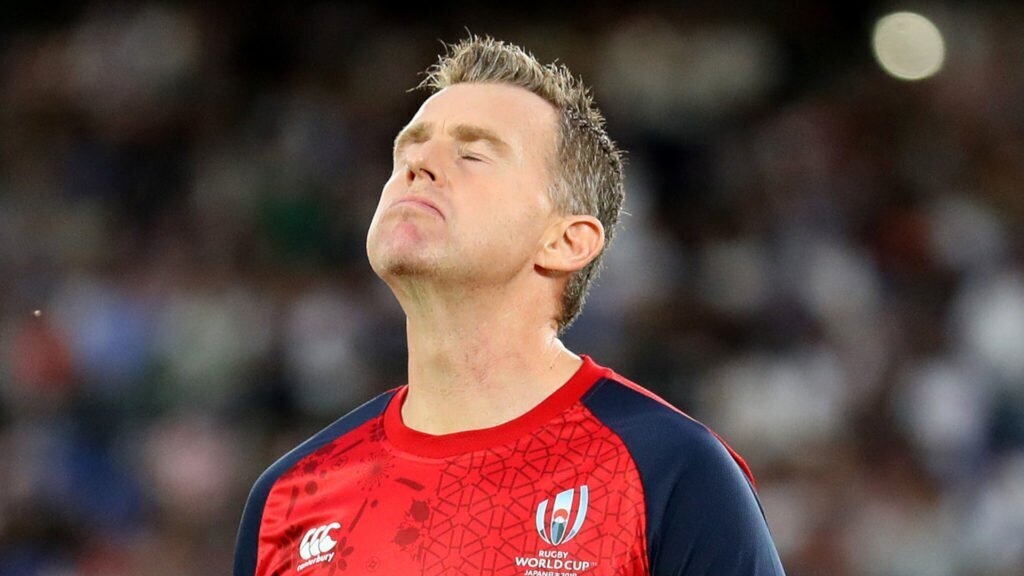 Nigel Owens sends message to players after red cards