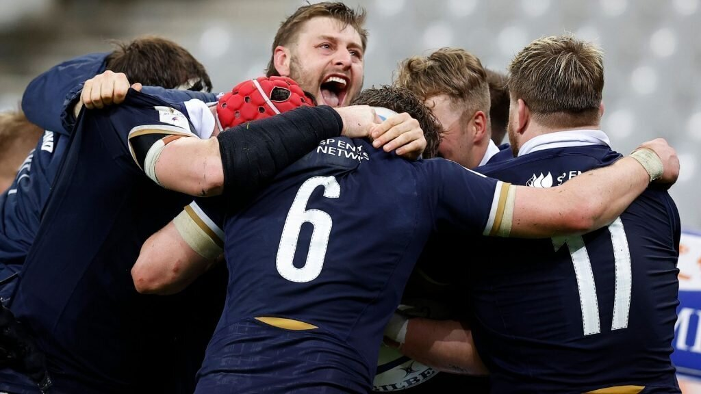 Scotland bring in 17 new faces