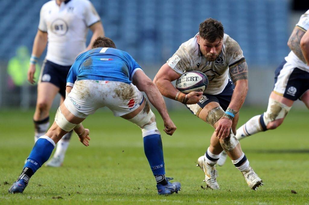 Scotland hammer Italy in season-finale