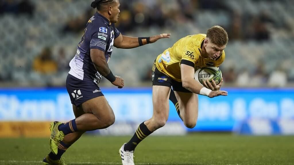 Barrett misses twice to gift Brumbies their first win