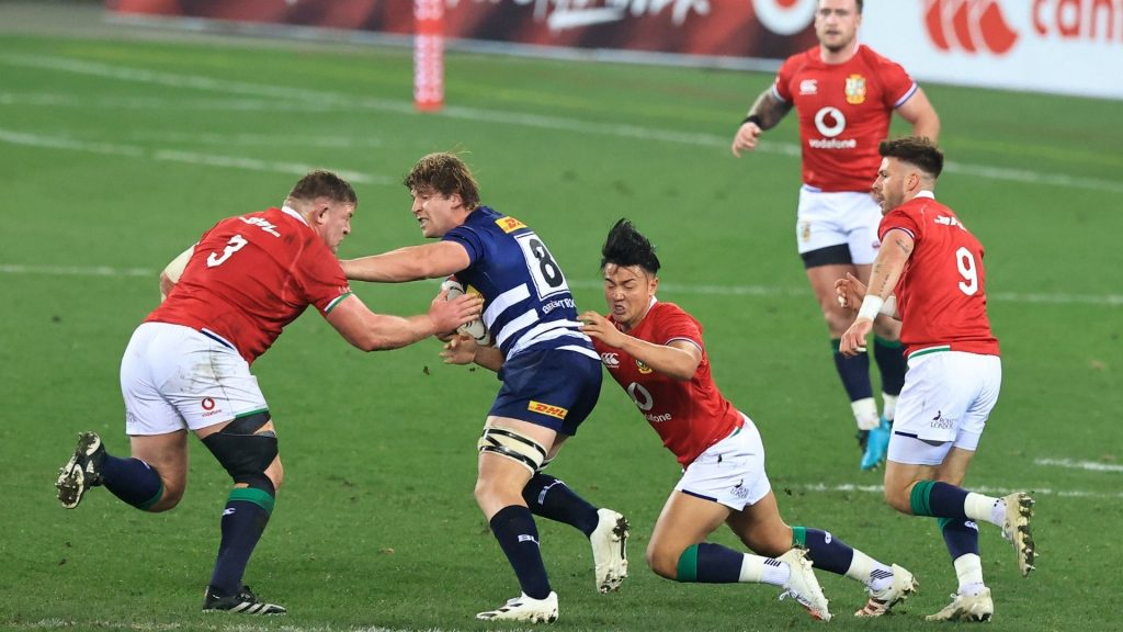 Stormers star Roos decides his future