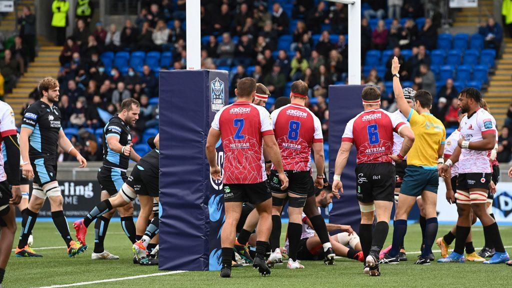 Warriors edge Lions at wet Scotstoun