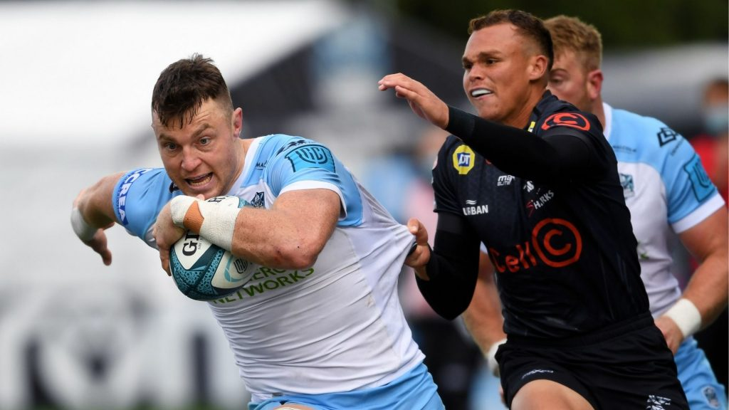 Glasgow survive Sharks' late scare