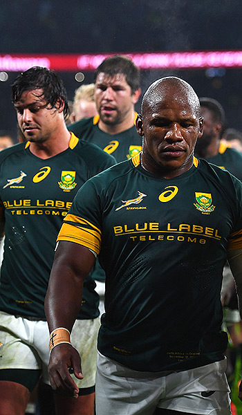 'Hurting' Coetzee points the finger at players