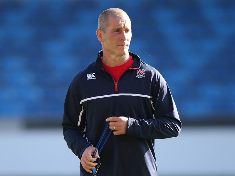 Jones: Eng coach must control players